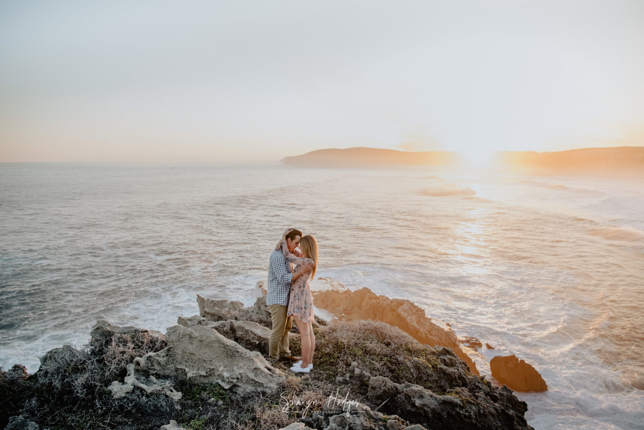 Berno surprised his girlfriend, Melanie, with a surprise proposal followed by a couples shoot on Robberg Nature Reserve.