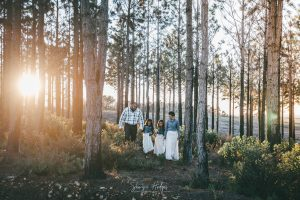 Dyers family shoot and wedding anniversary on Cairnbrogie Diary Farm at Sunrise